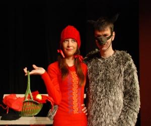 Црвенкапа и збуњени вук